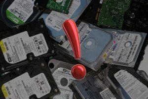 Hard Disklerinizi 2. Ele Çıkarırken Dikkat
